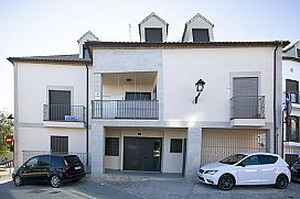 Parking en venta en Barrio Poetas de la Hispanidad, Baeza, Jaén, Calle General Marchesis, 57.300 €, 31 m2