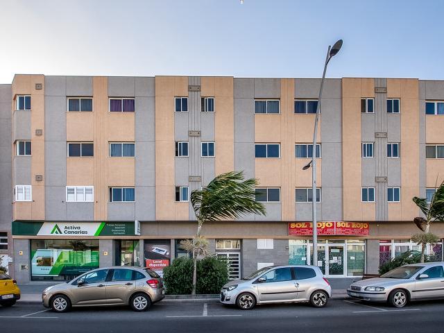 Local en venta en Vecindario, Santa Lucía de Tirajana, Las Palmas, Avenida de Canarias, 200.000 €, 95,3 m2