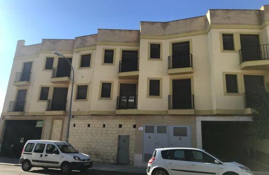 Local en venta en Baena, Córdoba, Calle Fray Manuel Rivas Y Arrabal, 75.400 €, 96 m2