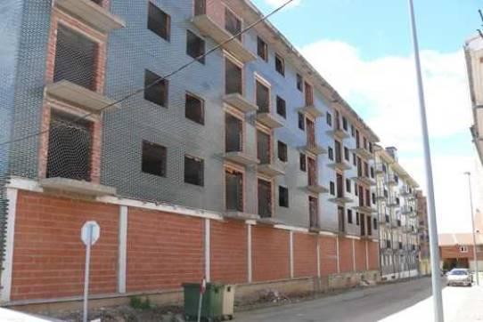 Suelo en venta en Cabañas, Valencia de Don Juan, León, Calle Academico Garcia Morejon, 88.734 €, 5 m2