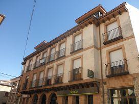 Piso en venta en Prádena, Prádena, Segovia, Calle Plaza, 69.500 €, 4 habitaciones, 2 baños, 153 m2