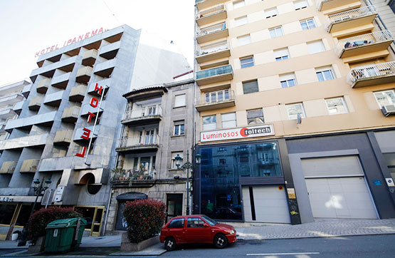 Local en venta en Vigo, Pontevedra, Calle Vazquez Varela, 295.000 €, 201 m2