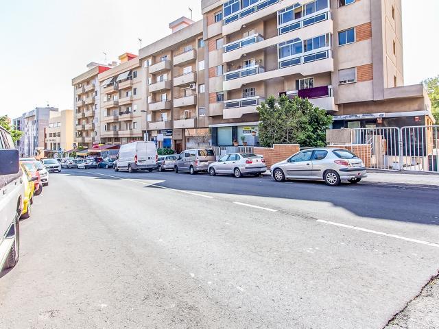 Local en venta en Santa Cruz de Tenerife, Santa Cruz de Tenerife, Calle Alcalde Mandillo Tejera, 213.600 €, 80 m2