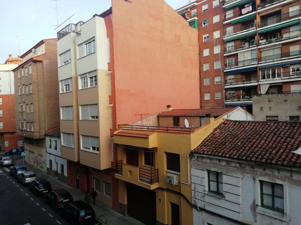 Piso en alquiler en Talavera de la Reina, Toledo, Calle El Pilar, 350 €, 3 habitaciones, 2 baños